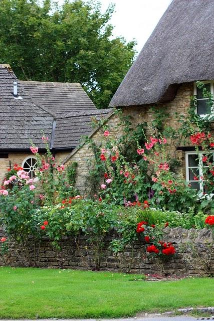 The Impatient Gardener: Discovering garden styles part 3: Cottage ...