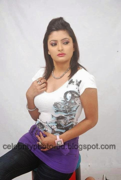 Sexiest Deshi Girls Ever In Tight Dress Photos 2014