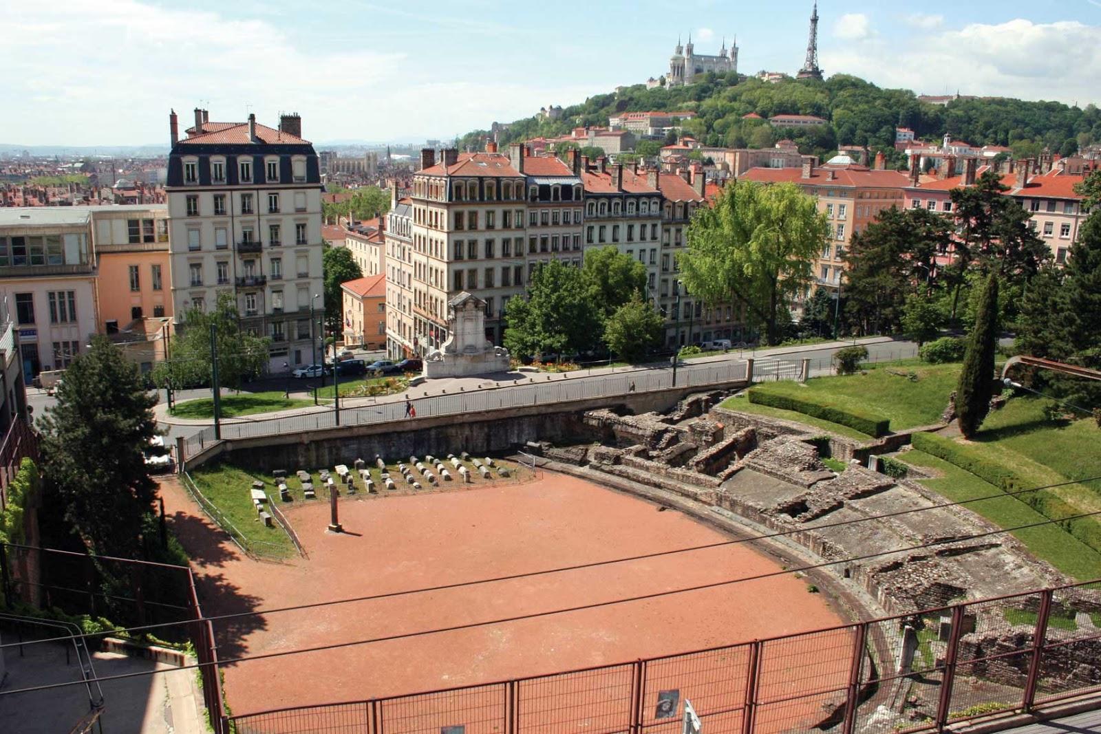 amphithéâtre des Trois Gaules vue panoramique - visite guidée de Lyon - Nicolas Bruno Jacquet