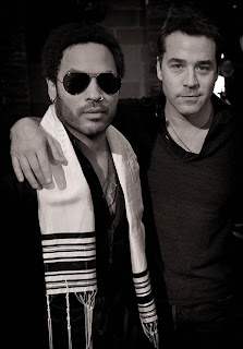 Jeremy Piven and Lenny Kravitz with a Tallit (Jewish)