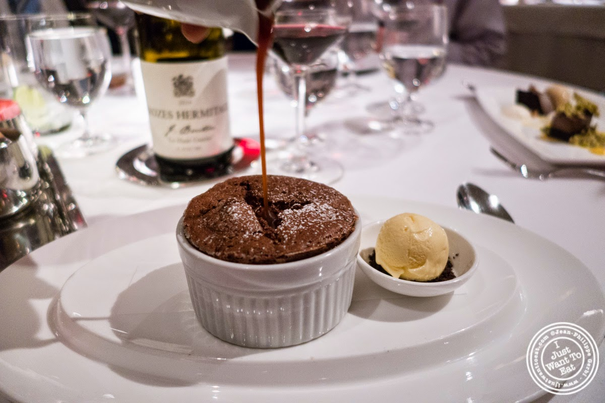image of chocolate soufflé at Dovetail in New York, NY