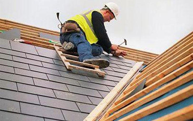 cara memasang atap rumah