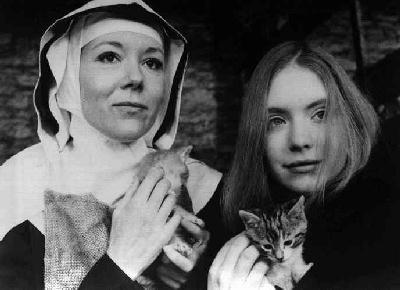 In This House of Brede (1975) Diana Rigg, Judi Bowker $6.50 Special!