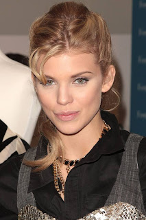 AnnaLynne McCord Picture Gallery
