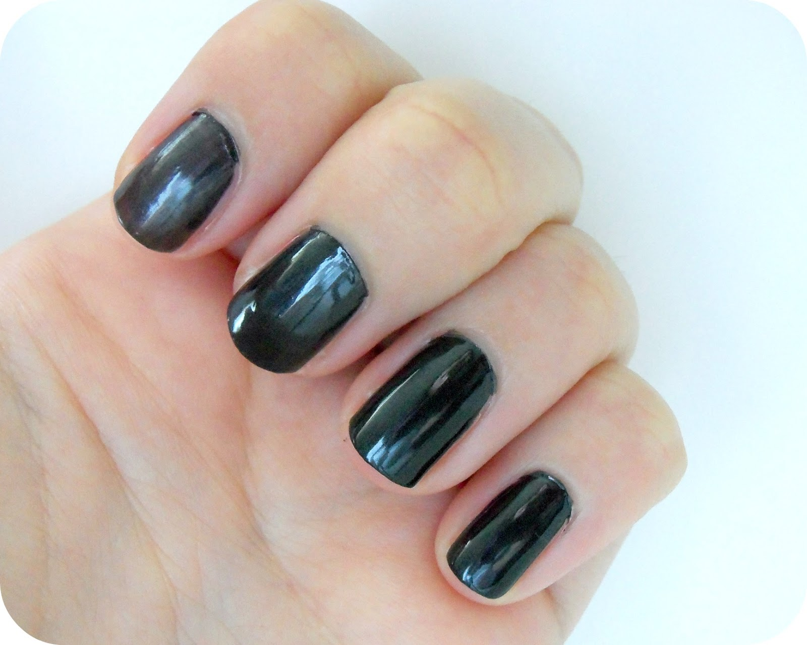 Get Lost in Revlon\'s Black Star Fast Dry Nail Polish, Review ...