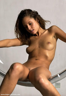 Tight wet pussy - rs-fabi_1-766044.jpg