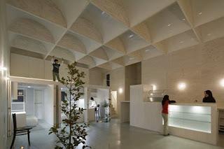 Casa Ecológica en Medio de la Ciudad, Claraboyas, Iluminación