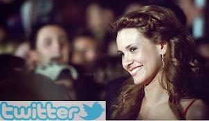 Sigue a Elena en twitter