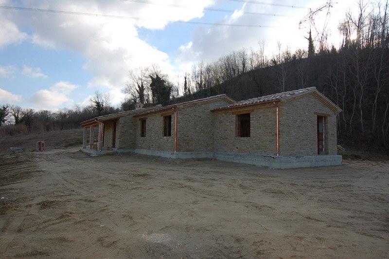 Case Di Campagna In Pietra : Bellissima casa di campagna in pietra in corso di costruzione