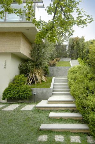 mid2mod landscaping mid-century