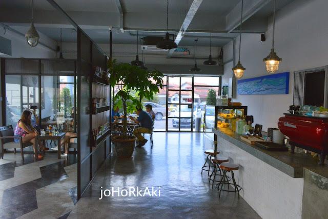 Coffee-Loft-Cafe-Johor-Bahru-Taman-Molek