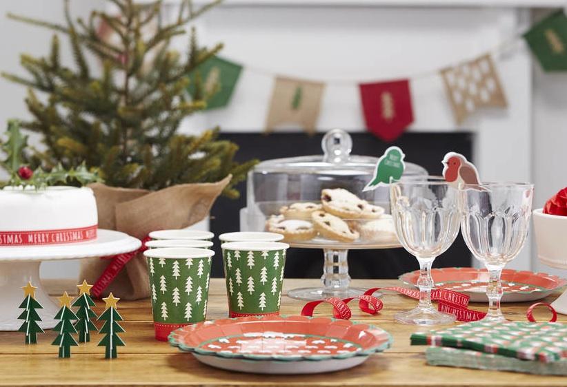 platos-de-usar-y-tirar-para-Navidad