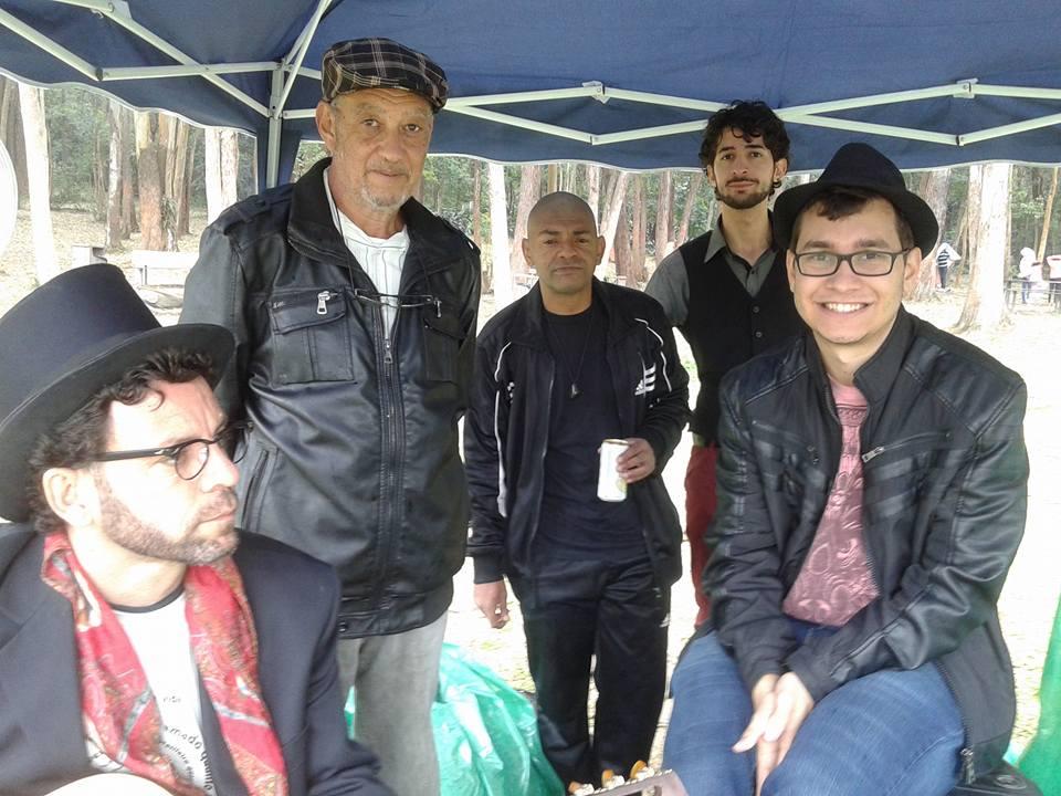 Movimento Ocuparte: poesia das cestas !