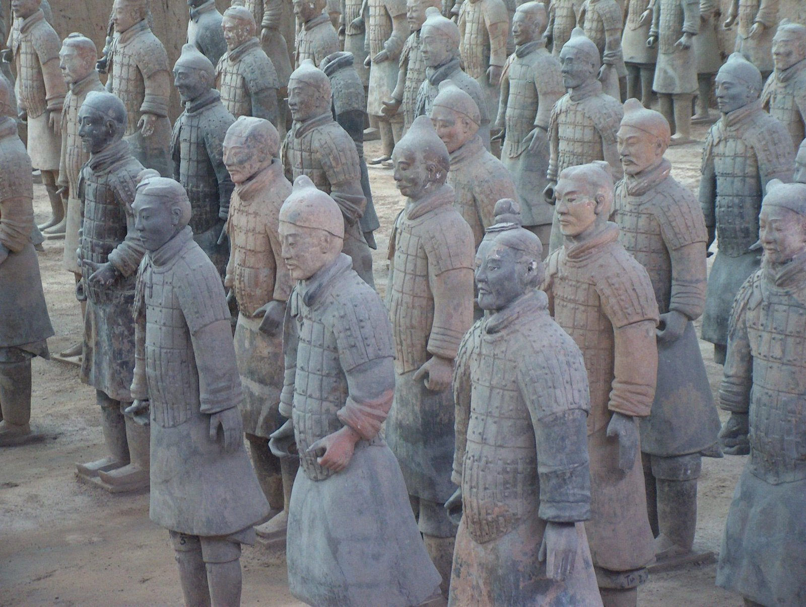 Emperor qin s intention in building such necropolis is to rule china