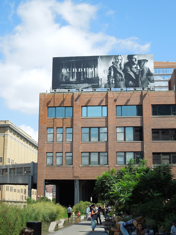 Burberry FW 2012 billboard High Line NYC