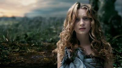 Mia Wasikowska dans Alice au Pays des merveilles, de Tim Burton (2010)