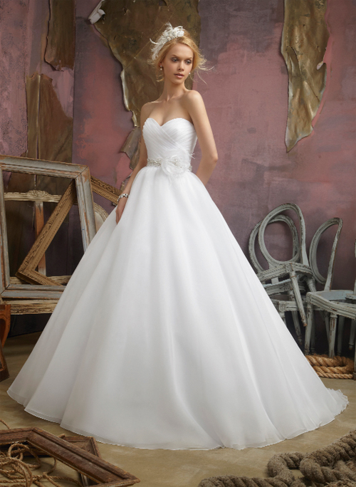 Wedding Dresses For Rent Adelaide : The bride s diary adelaide bridal centre and