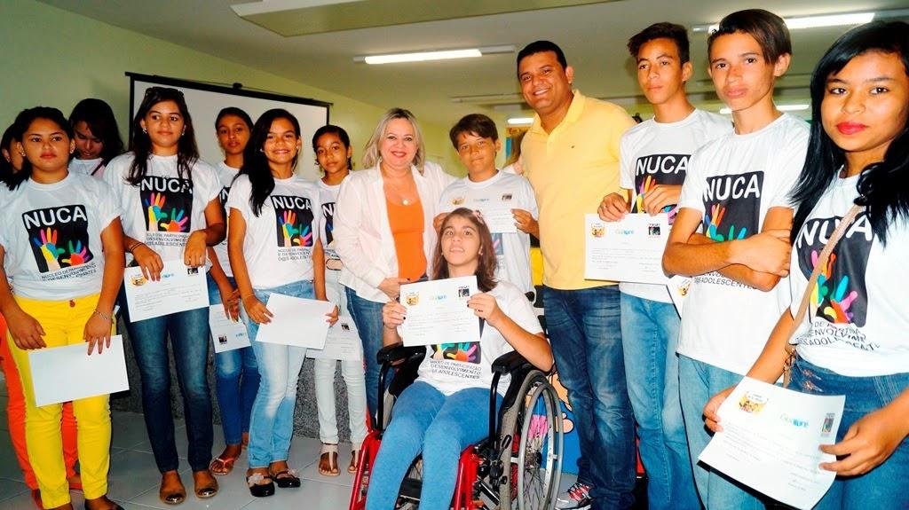 FORMAÇÃO SOLENE DE POSSE DO NUCLÉO DE CIDADANIA DOS ADOLESCENTES NUCA  PERÍODO 2014 Á 2016