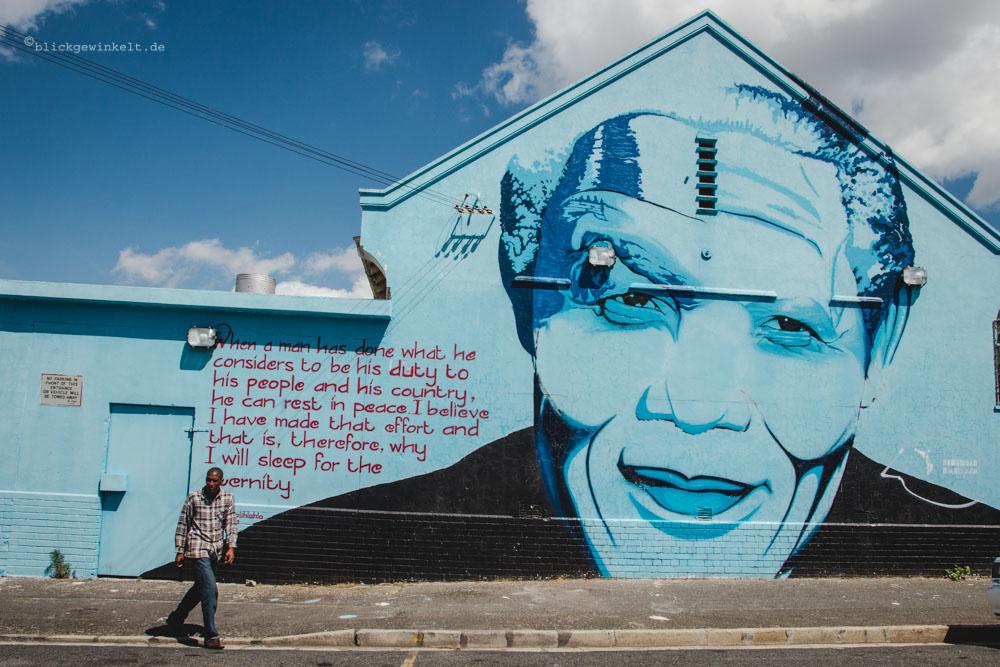 Streetart Nelson Mandelas Kopf