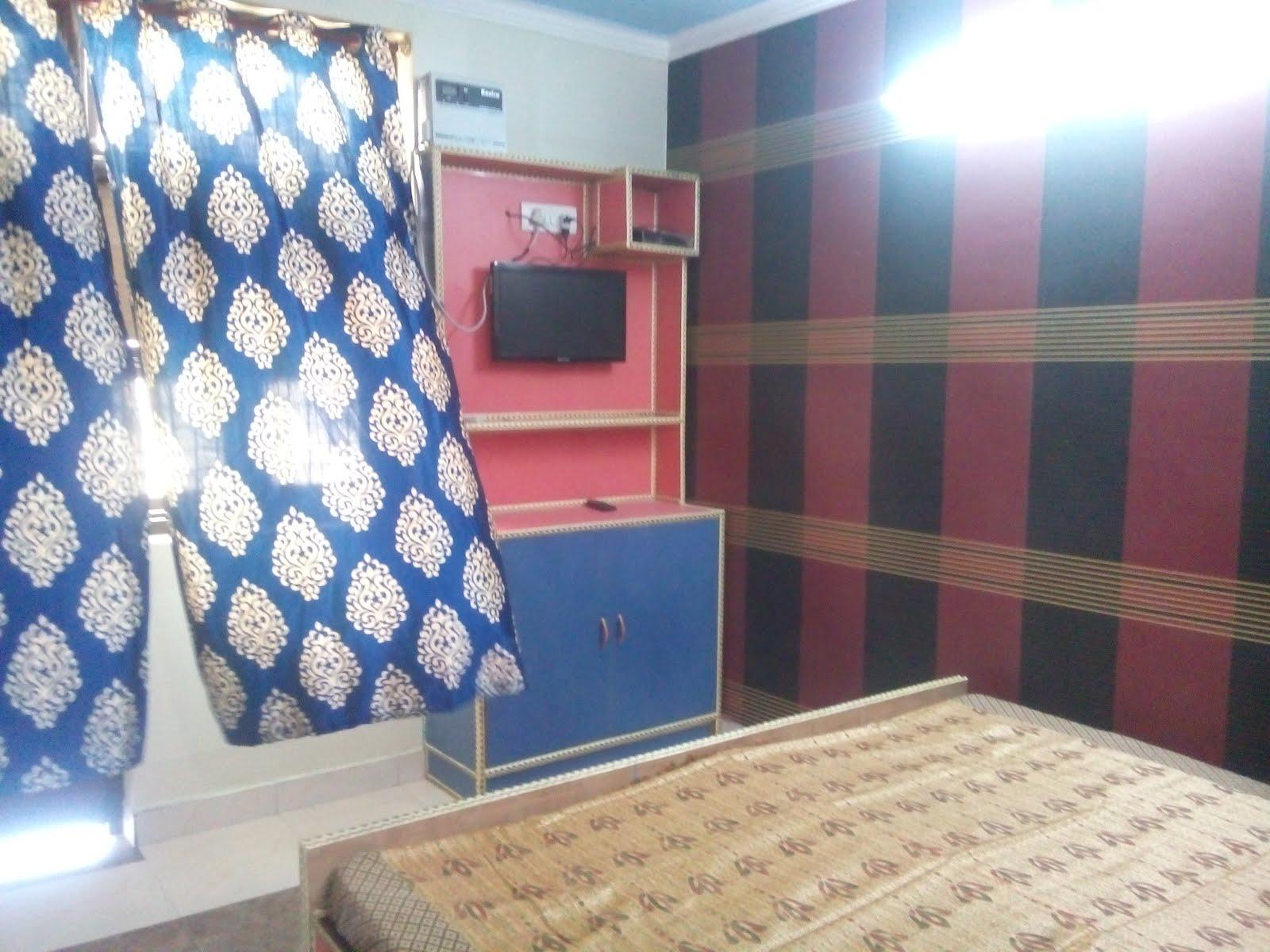 Real Room Photo