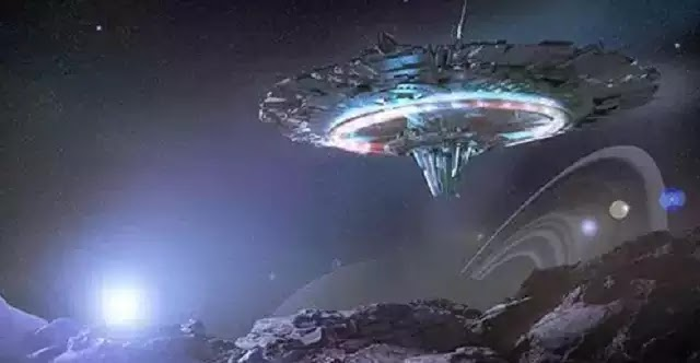 Καταγράφηκε UFO στο διάστημα από κάμερες της NASA [Βίντεο]