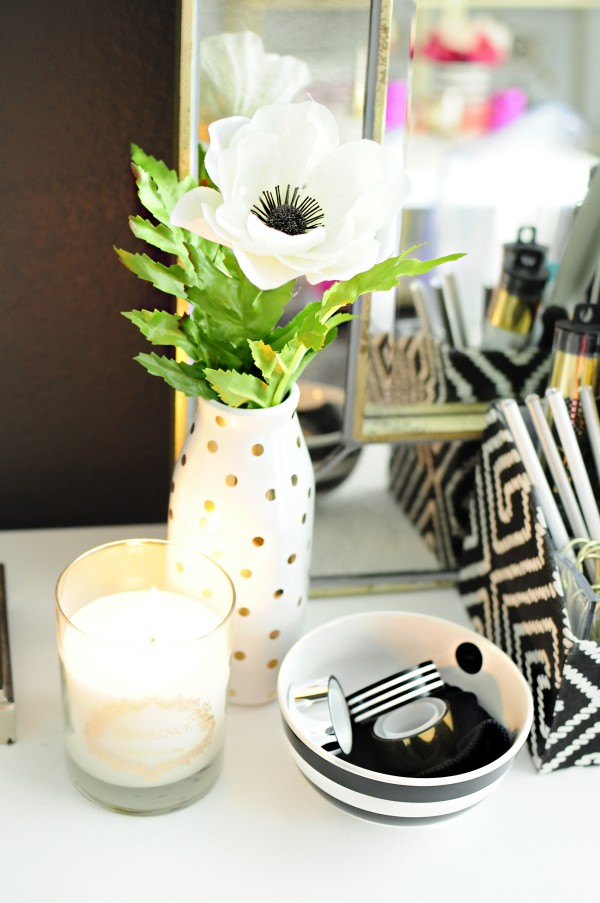 black white home office inspiration. this black white u0026 gold home office is filled with diy projects and inspiration that