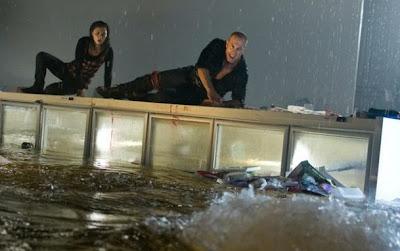 Phim Cá Mập Xâm Nhập - Bait 2012 [Vietsub] Online