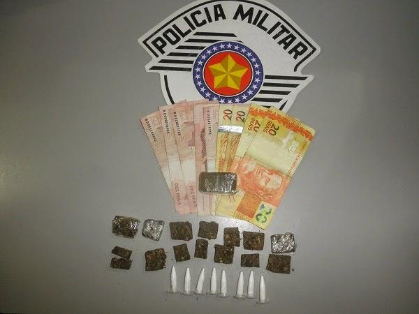 POLÍCIA MILITAR PRENDE MAIS DOIS HOMENS POR TRÁFICO DE DROGAS