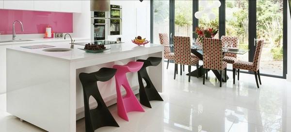 Hogares Frescos: Cocina Contemporánea Rosa con un Diseño Atractivo