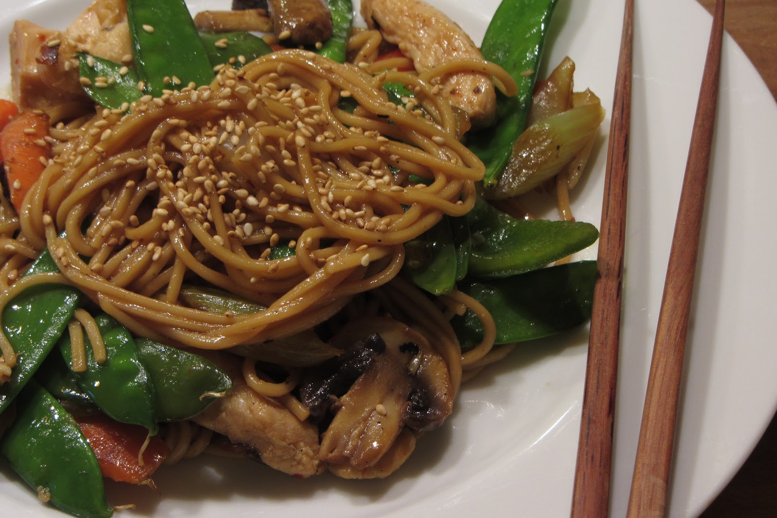 Tracy's Living Cookbook: Chicken Lo Mein – another quick ...