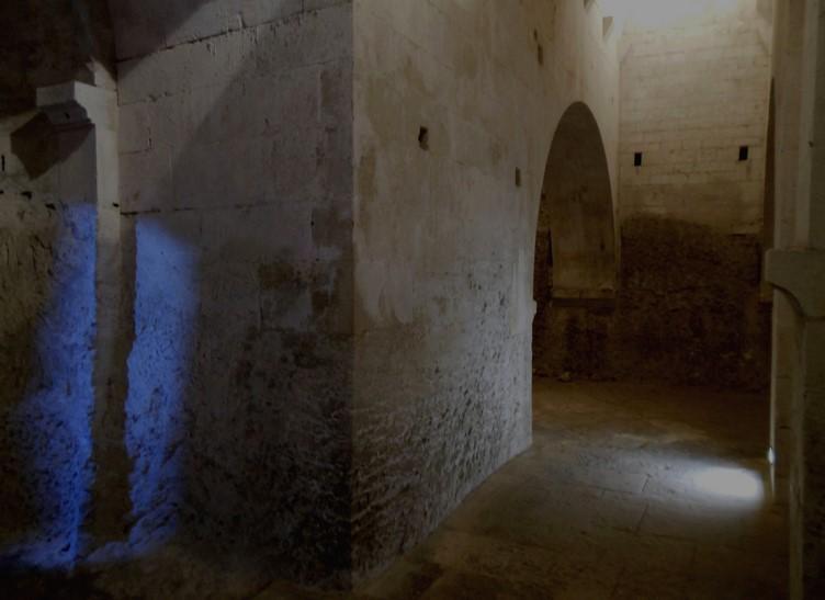 9 La Crypte - Abbaye de Montmajour