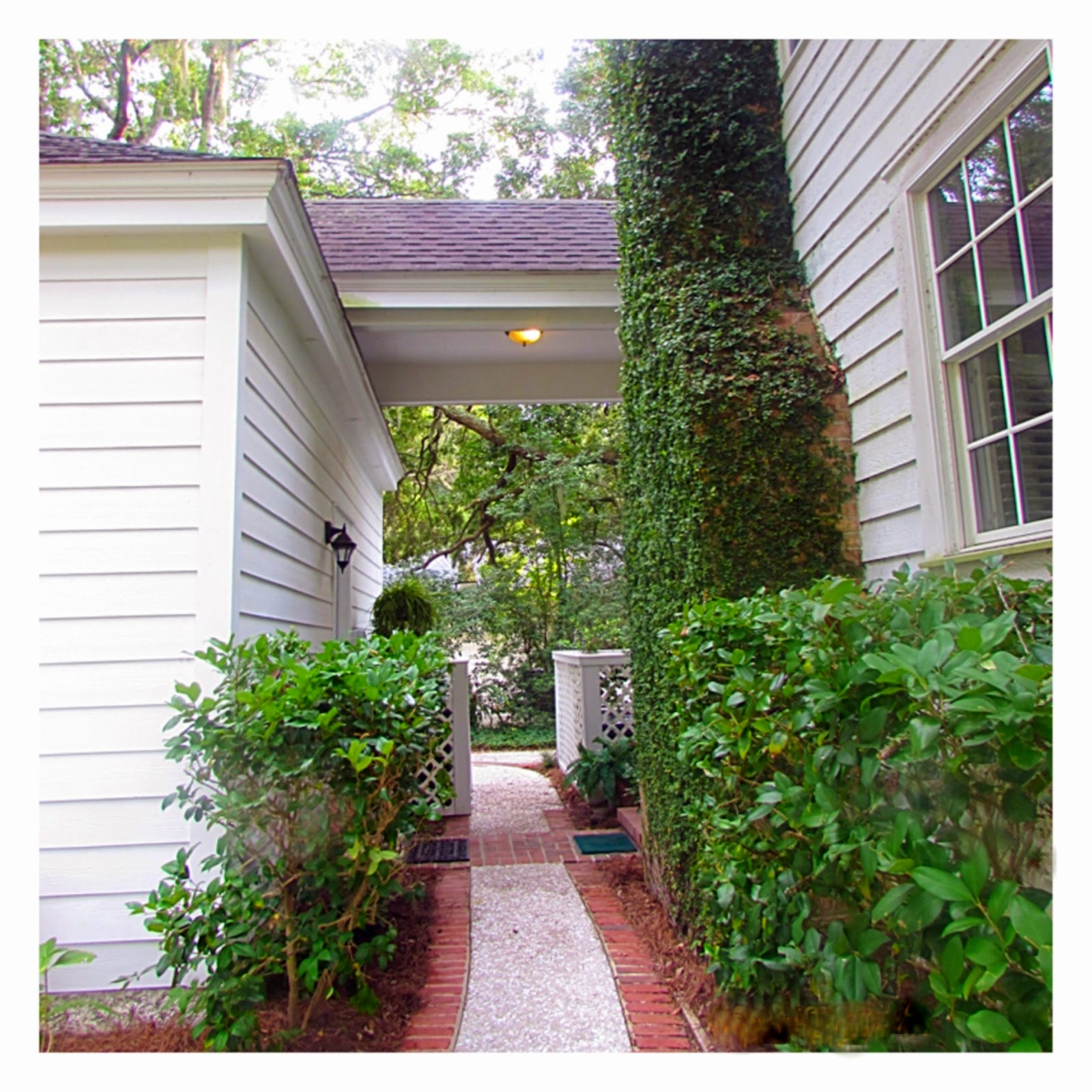 Shaws bounty home for sale on st simons island ga for Breezeway connecting garage to house