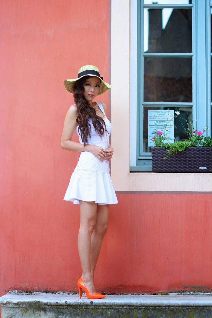 French connection, alice + Olivia, little white dress, Nastygal, body chain, ootd, ootn, shallwesasa, France, travel, hat