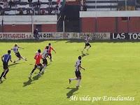 Solchaga sacó el remate para el segundo gol del pincha