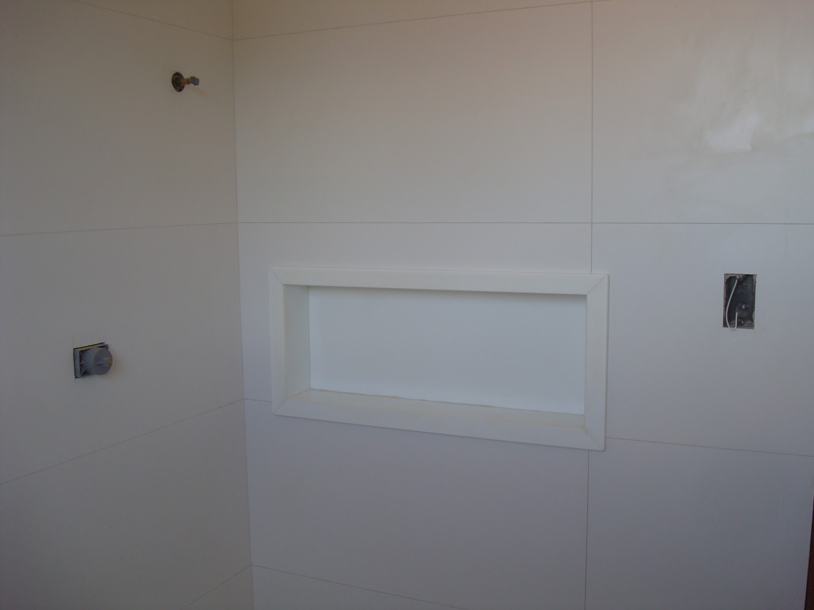 Castelinho: Qual a diferença entre Silestone Marmoglass e Nanoglass #706351 1600x1200 Bancada Banheiro Marmoglass