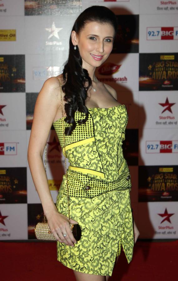 bollywood celebs at BIG Star Entertainment Awards