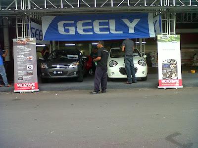 Pameran Mobil Geely Pertama di Lotte Mart