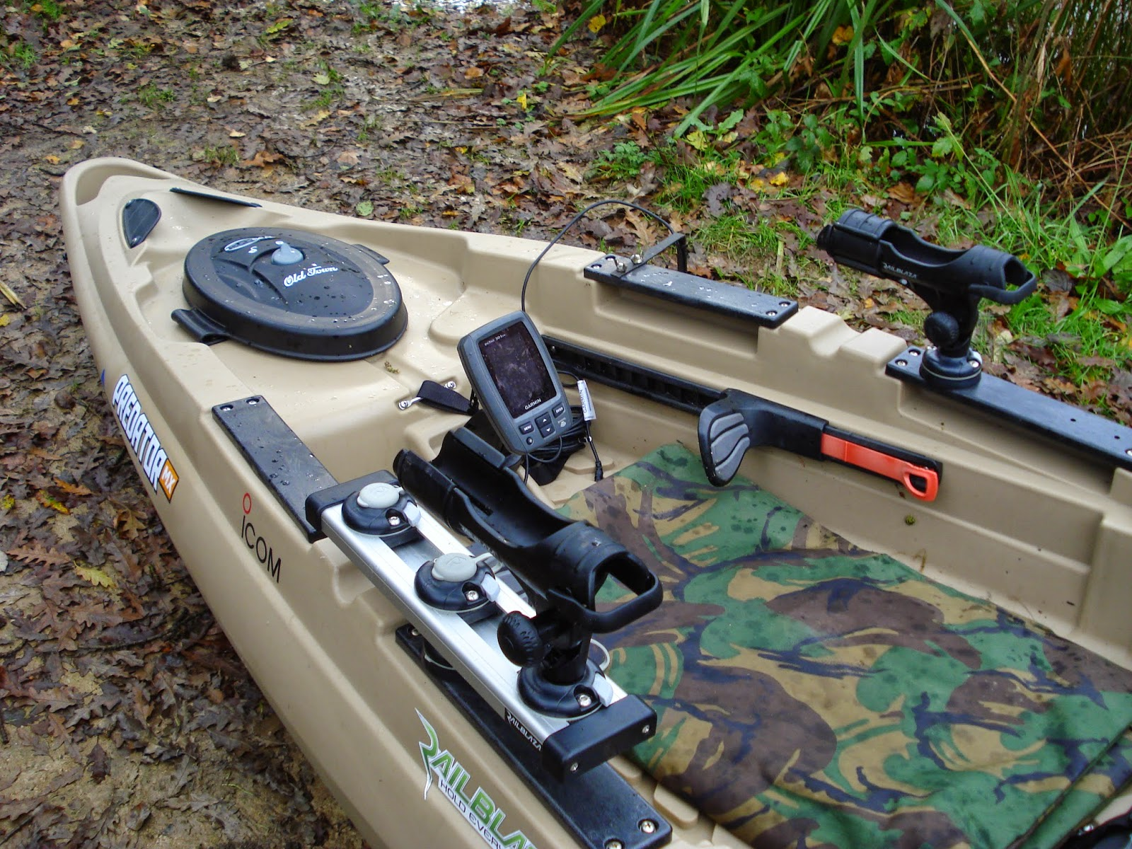 Fish finder on a kayak for Fish finders for kayaks