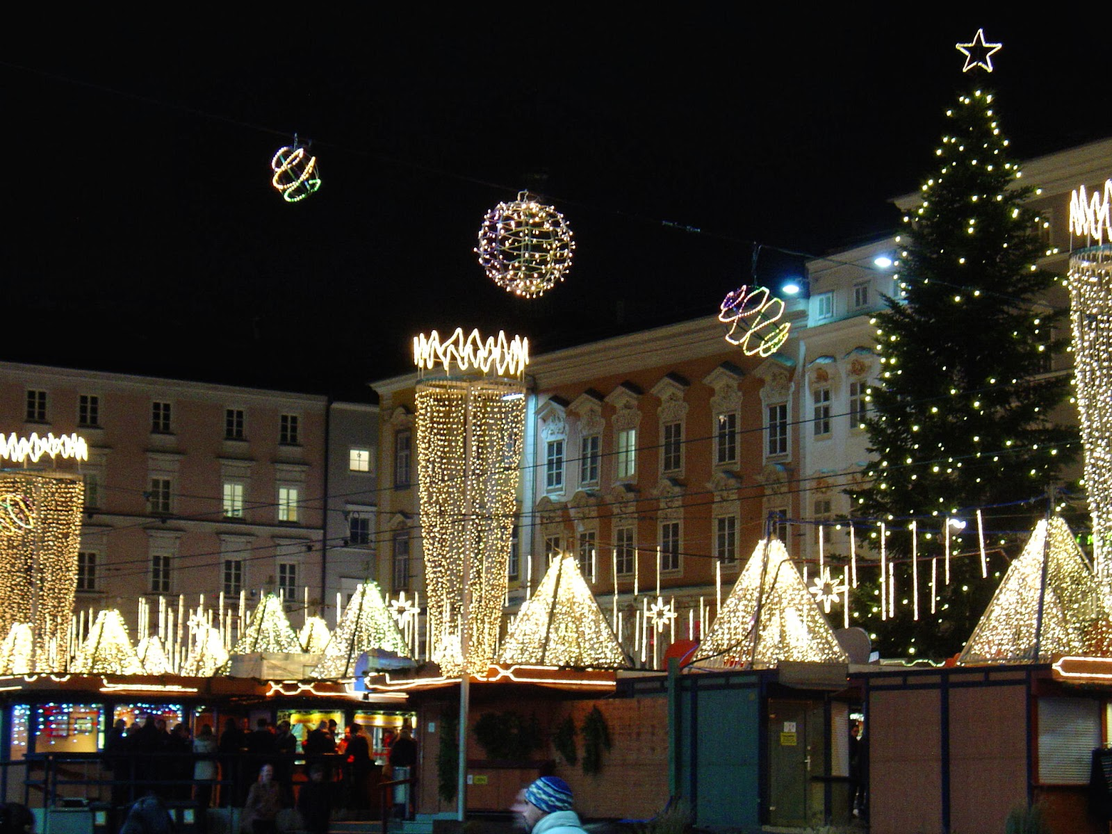 EuroTravelogue™: In search of Christmas: A Danube Waltz Christmas ...