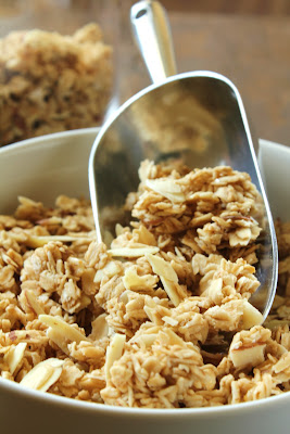 french vanilla almond granola