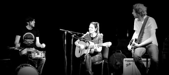 Bebe en session acoustique, février 2012