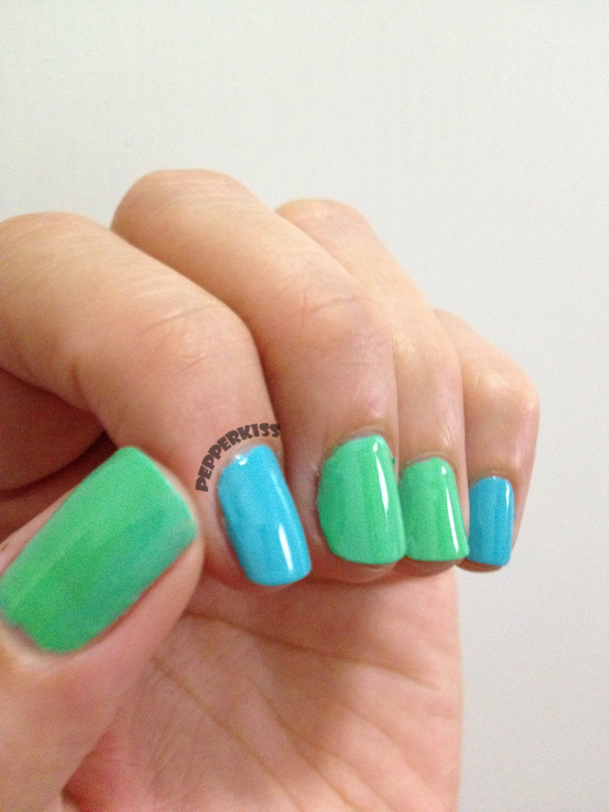 Swallow nail art design! | ilovenailart ✿♥‿♥✿
