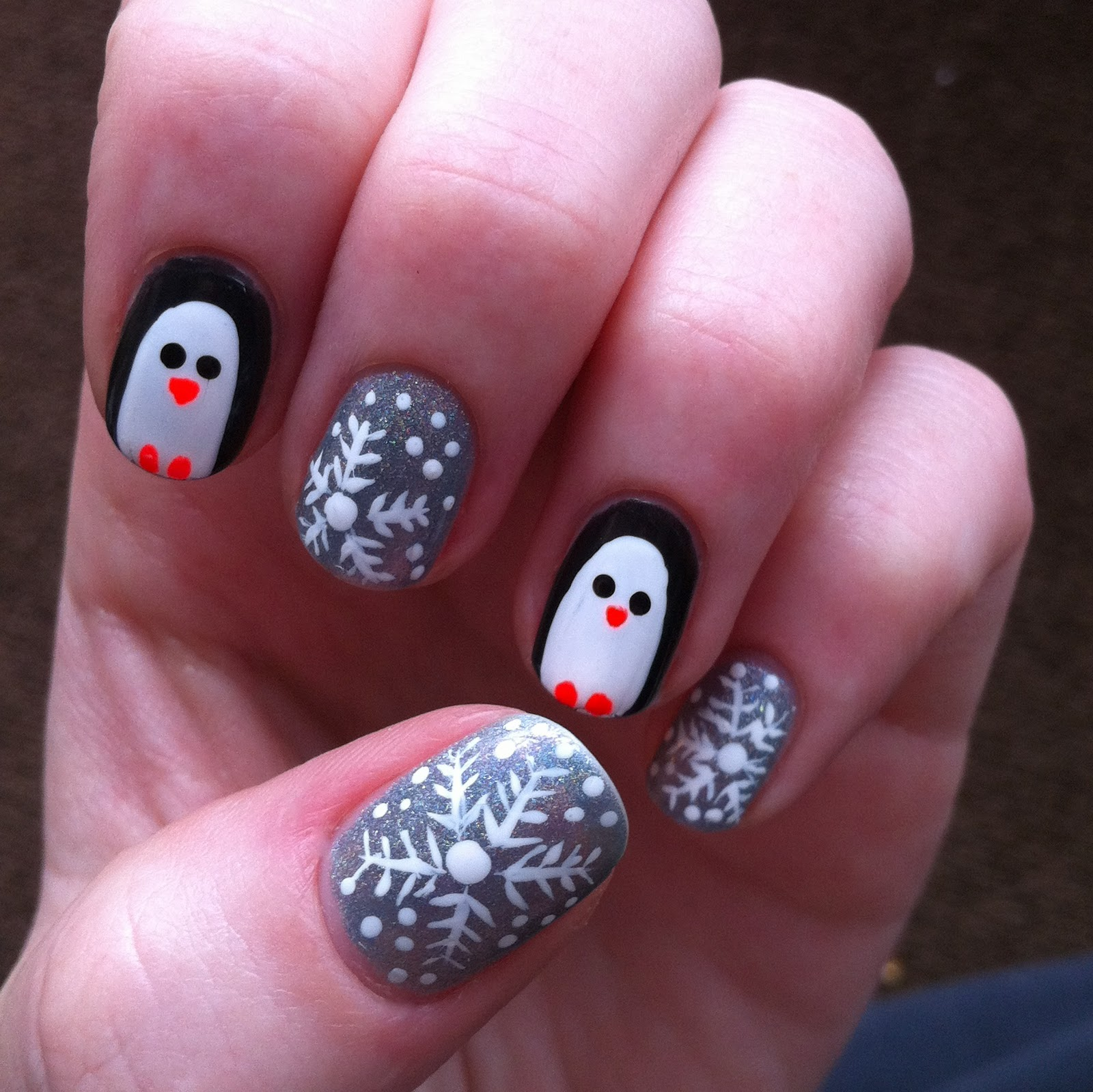 Penguin Nail Art Designs: Beauty School Dropouts: Penguins And Holographic