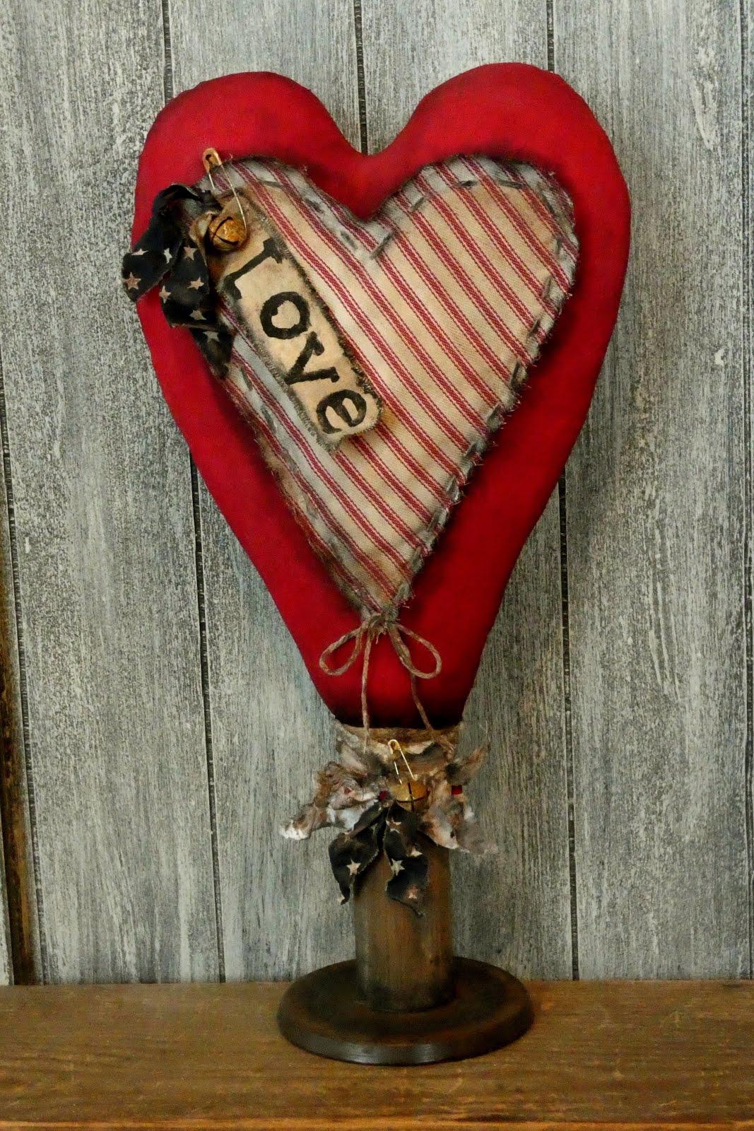 Prim Valentine Heart