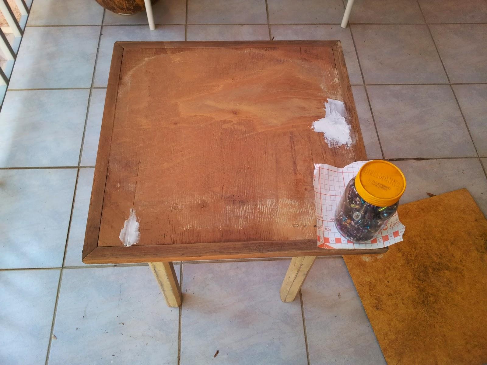 Depois de tudo retirado chegou a hora de aplicar massa de madeira para  #7D4A23 1600x1200