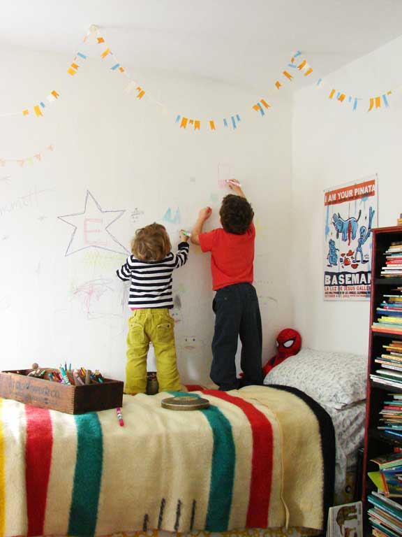 As A Child I Had Babysitter Who Let Us Draw All Over Her Basement Walls The And Ceiling Were Absolutely Covered With Drawings From Of Kids