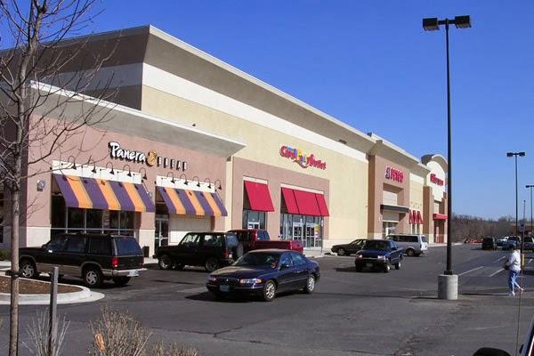 Golden Ring Shopping Center Stores