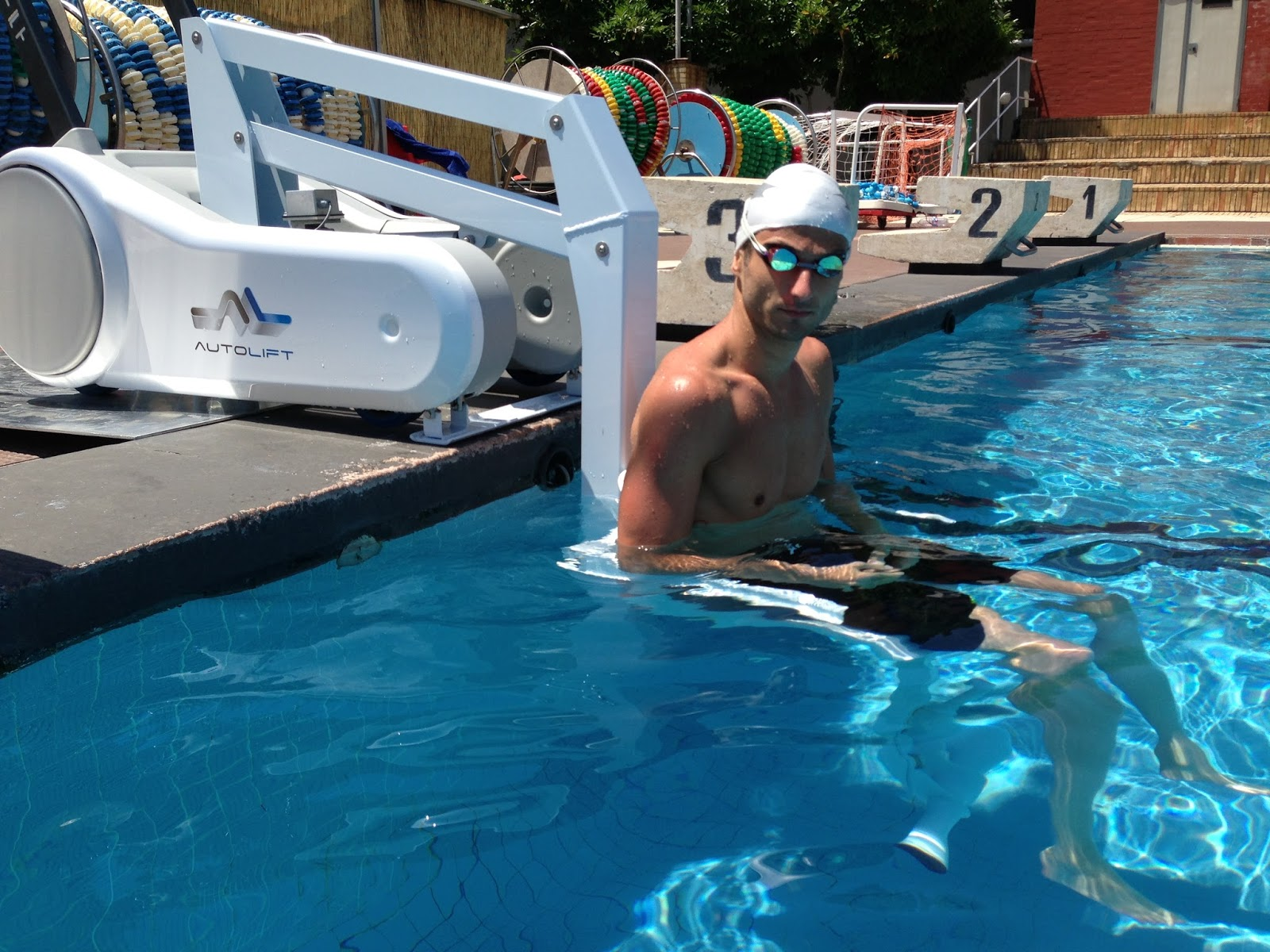 Mobility products for disabled people pool access lift for swimmers with a disability for Duck repellent for swimming pools