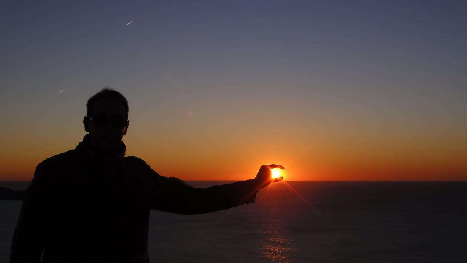 Hombre al sol special edition blog literario y for Puesta de sol