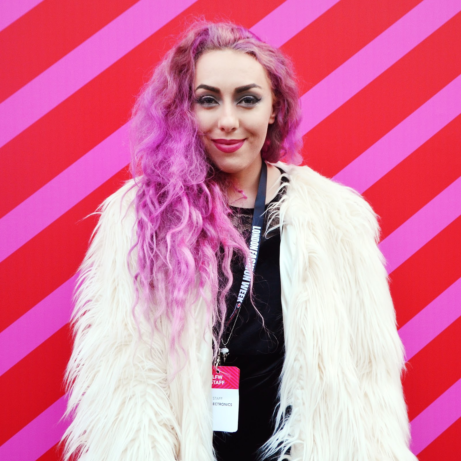 London Fashion Week, pink curly hair lifestyle blogger, Stephi LaReine